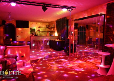 villa-afrodite-club-prive-swingers-club-eventi-relax-01